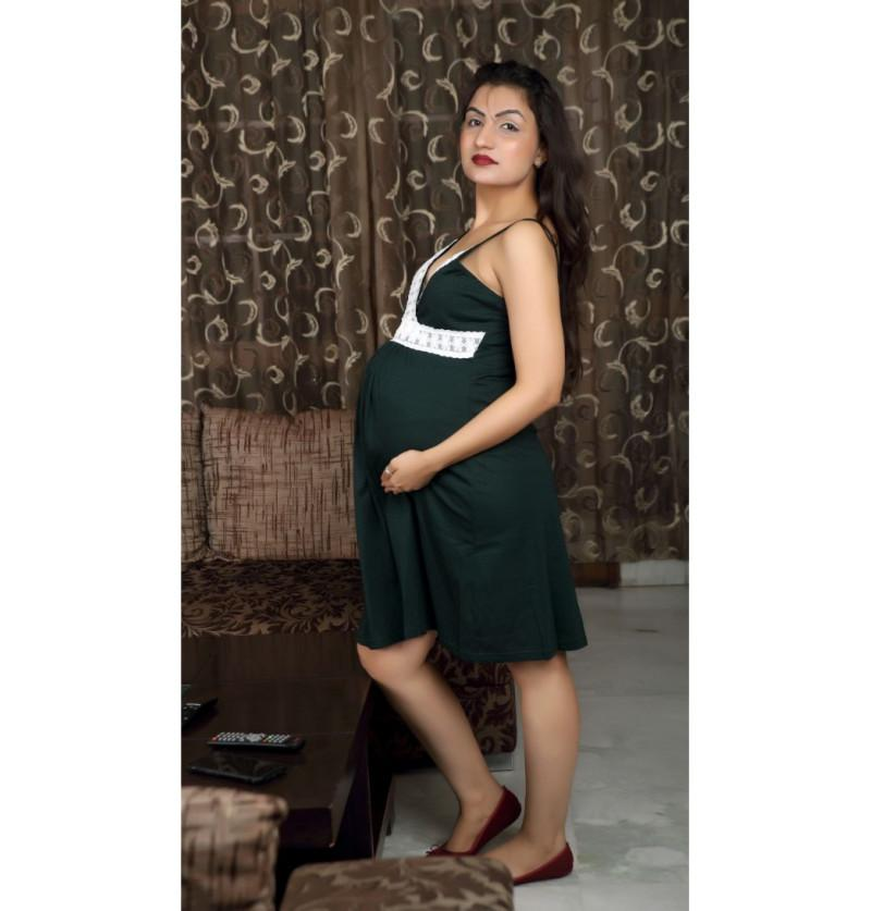 Elegant Feeding Friendly Green Maternity Night Wear
